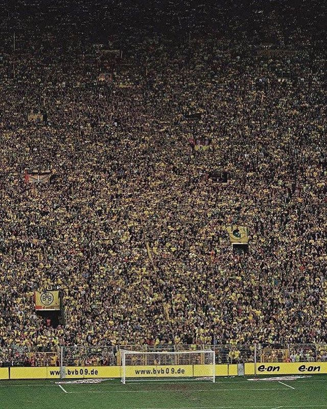The yellow wall Dortmund, biggest kop in the world! #football #soccer #fifa #championsleague #bundesliga #germany #dortmund #borussiadortmund #borussia
