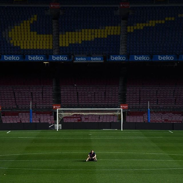 Andrés Iniesta at 1.30am last night.  A king bids farewell to his castle one final time.  #football #soccer #fifa #championsleague #champions #laliga #barca #barcelona #campnou #iniesta #spain #espanha #espana